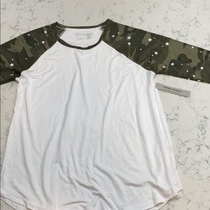 Sweet Romeo NWT top .stars, camo & white L